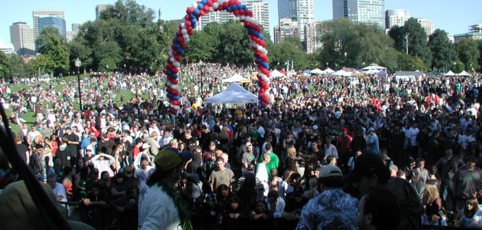 Boston Freedom Rally 2008 crowd from stage 1 702x336